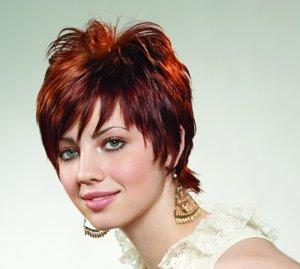 تسريحات الشعر القصير 449625888