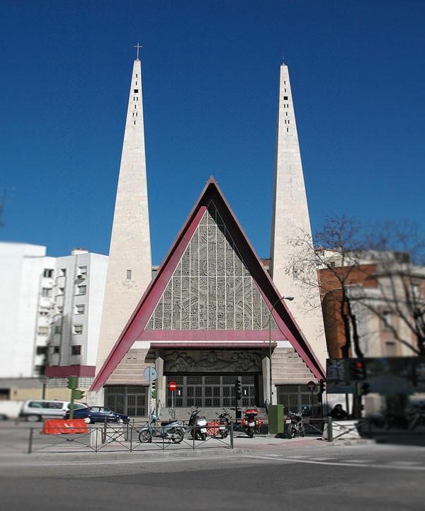 صورلاجمل الكنائس في العالم 150403564