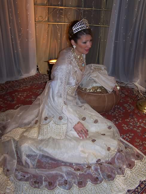 أزياء جزائرية 681938652.jpg