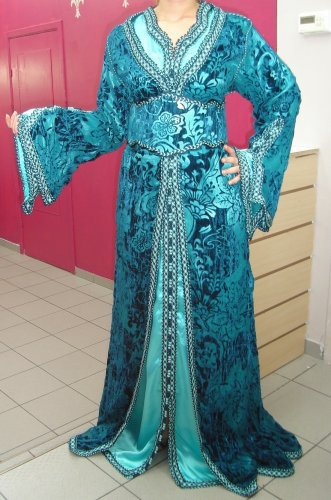 أزياء جزائرية 347724957.jpg
