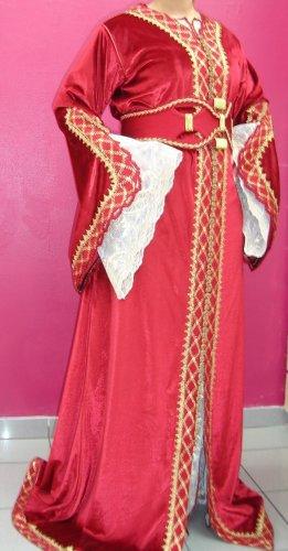 أزياء جزائرية 560789439.jpg