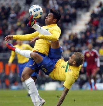 كثرة المواهب مشكلة البرازيل 255639771