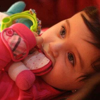 صور اطفال حلوين بجننو 587170676.jpg