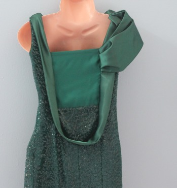 فستان عشبي الموضه روووووعه 635395795.jpg