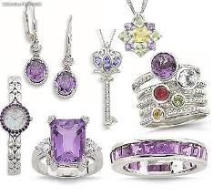 الاكسسورات و المجوهرات