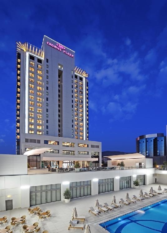 Crwone Plaza Hotel 638264833
