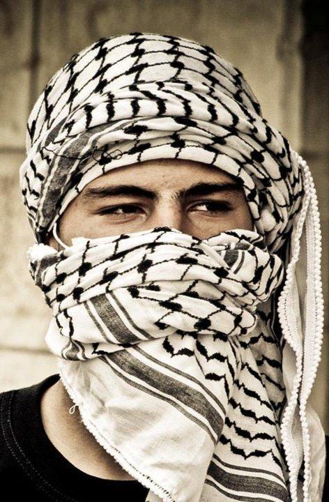 أوهنآك أَجمْـلُ أَزَيآء فِلِسطينْ 481956171.jpg