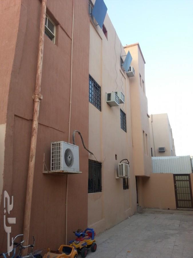 فيلا استثمارية تسع شقق في النسيم الرياض 234843893.jpg