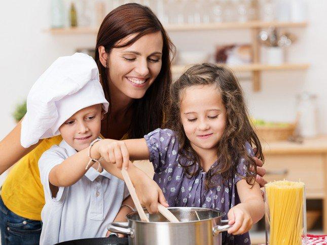 فن الطبخ مع الأطفال 456503415
