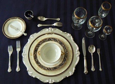 أدوات مائدة |الطريقة الأسهل في ترتيب أدوات مائدة الطعام - فيلروي آندبوخ  156033019