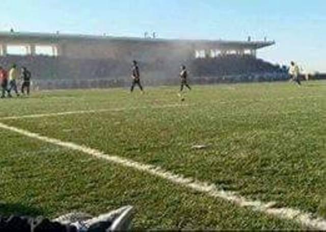 لاعبو نادي القوة الجوية يفقدوم ملابسهم في ملعب ميسان 857192090.jpg