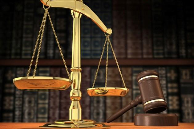 محكمة تحقيق النزاهة تحيل مدير عام الخطوط الجوية العراقية الى جنايات النزاهة  بتهمة الرشوة