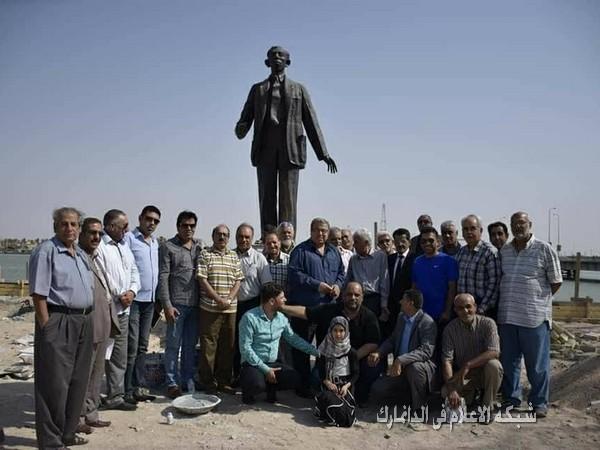 في البصرة : حملة لاعادة الحياة لبدر شاكر السياب بترميم تمثاله